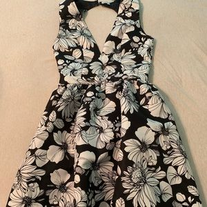 Fit & flare party/wedding guest dress